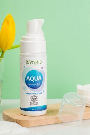 Пенка для умывания Aqua LEVRANA